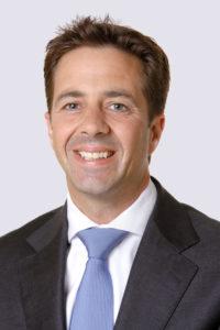 Dr. Oscar Izeboud