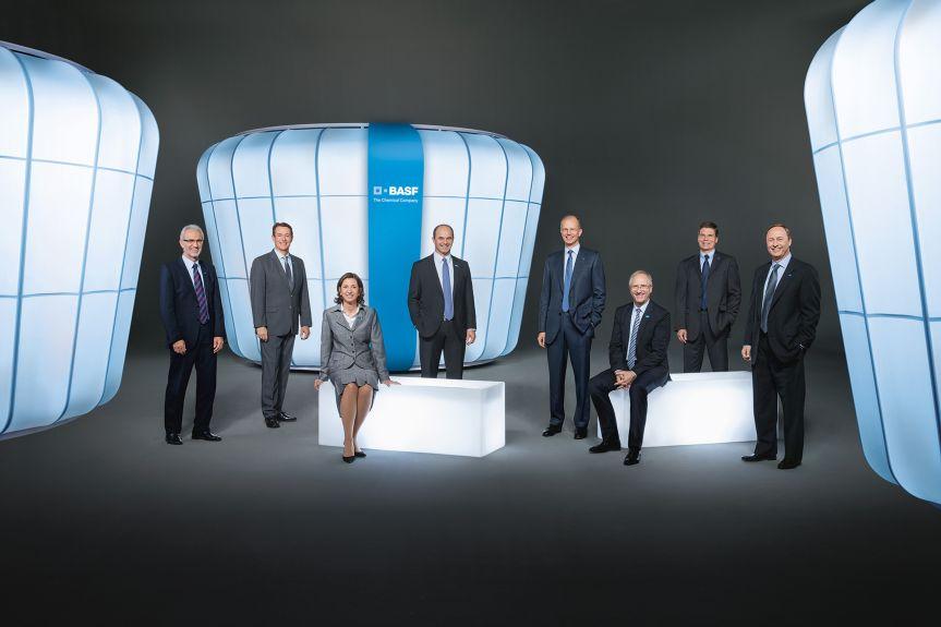 Eine transparente Präsentation des Unternehmens und der Persönlichkeiten schafft Vertrauen beim Investor und gibt dem Unternehmen ein Gesicht. BASF macht das vorbildlich und landet beim IR-Benchmarkranking zurecht auf Platz 1.