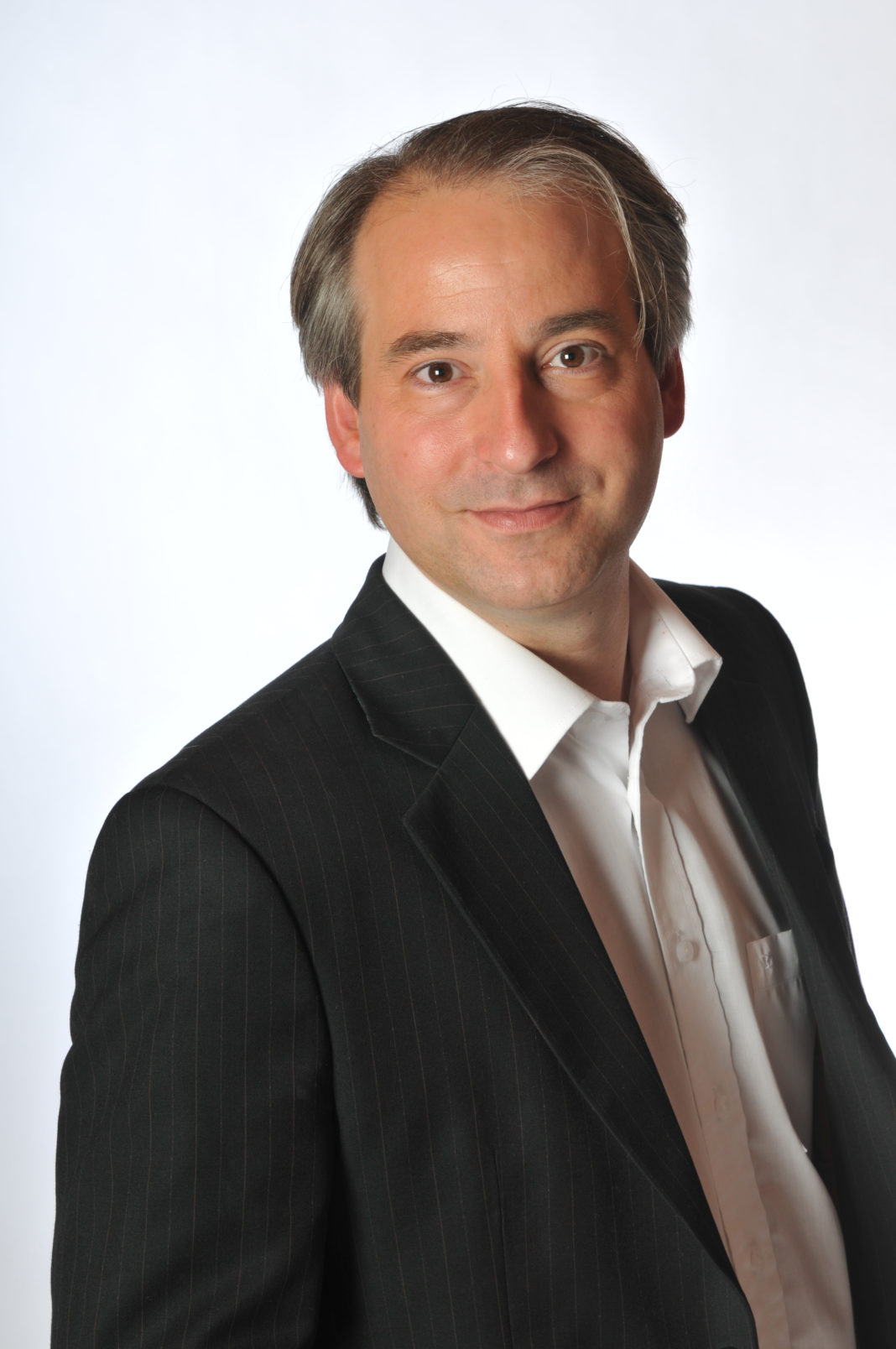 Thomas Schorrenberg verstärkt rikutis am Standort Hamburg
