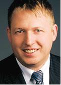 Nach Roger Peeters, Oddo Seydler Bank, müsse bei Privatanlegern ein Umdenken stattfinden, um die Vorteile von Aktieninvestments zu erkennen.