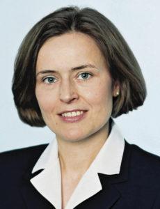 Christa Bähr, Vorsitzende der DVFA Life Science-Kommission: Wearables ermöglichen die bewusstere Beschäftigung mit der eigenen Gesundheit durch den Patienten.