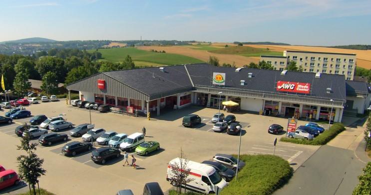 Blick auf das Fachmarktzentrum in Scheenberg