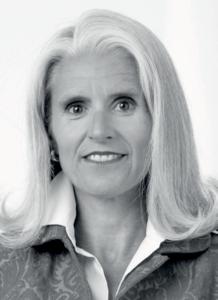 Dr. Petra Nix, ist Inhaberin und geschäftsführende Partnerin der Beratungs- und Designagentur PETRANIX Corporate and Financial Communications AG
