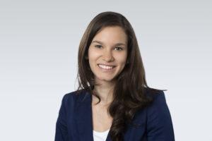 Laura Albarracin ist Research Analyst bei der oekom research