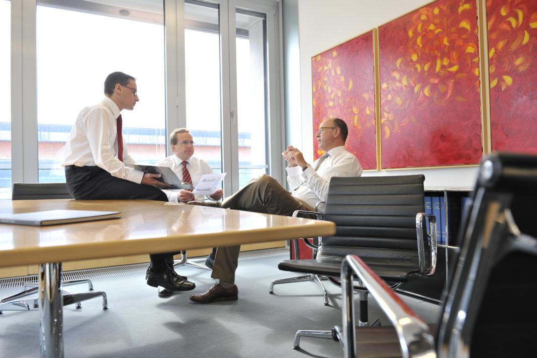 Mayrhofer + Partner schließt sich mit internationaler Großkanzlei zusammen