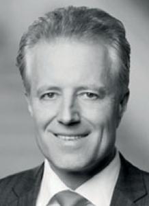 Dr. Volker Land ist Partner von White & Case LLP. Er berät bei M&A-Transaktionen sowie bei Fragen des Gesellschafts- oder Kapitalmarktrechts.
