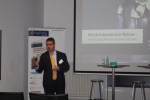 Oliver Schacht, CEO von Curetis während seines Vortrags auf dem Kapitalmarktevent