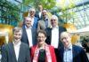 Gaben beim Family Day den Startschuss für den High-Tech Gründerfonds III: Dr. Johannes Velling, BMWi, Dr. Katrin Leonhardt, KfW, Dr. Michael Brandkamp, High-Tech Gründerfonds, Thomas Doppelberger, Leiter Fraunhofer Venture, Dr. Ulrich Schriek, Qiagen, Dr. Helmut Schelling, Vector Informatik, Dr. Alex v. Frankenberg, High-Tech Gründerfonds sowie Markus Solibieda, BASF Venture Capital (von unten nach oben, links nach rechts).
