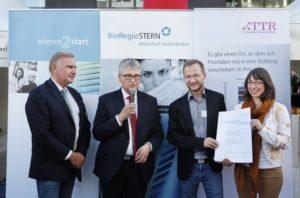 1. Platz für das Start-up Mireca Medicines GmbH. Foto: BioRegio STERN/ Anne Faden.