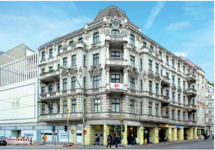 Wohn-/Geschäftshaus in Berlin-Neukölln. Foto: Deutsche Grundstücksauktionen AG.