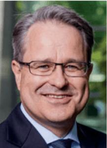 Dr. Martin Steinbach ist Partner und IPO Leader bei EY.
