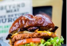 Sieht aus wie Fleisch, ist aber ein veganes Ersatzprodukt. Foto: Beyond Meat.