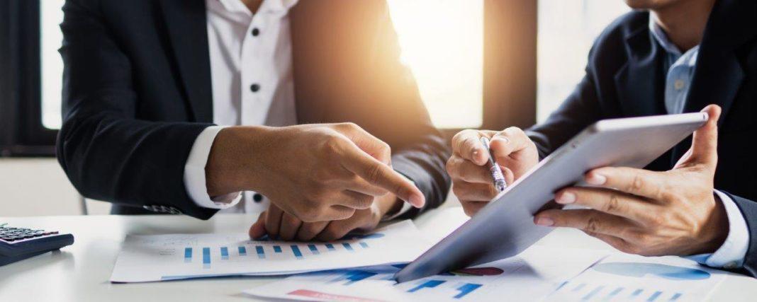 Wer liest eigentlich einen Geschäftsbericht?